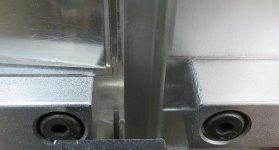 glass cutter center image 6026 jan 2020.jpg